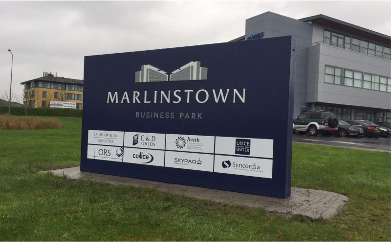 Monolith w. Illuminated Push Through Acrylic Letters & Cut Vinyl Panels - Marlinstown Business Park, Mullingar
